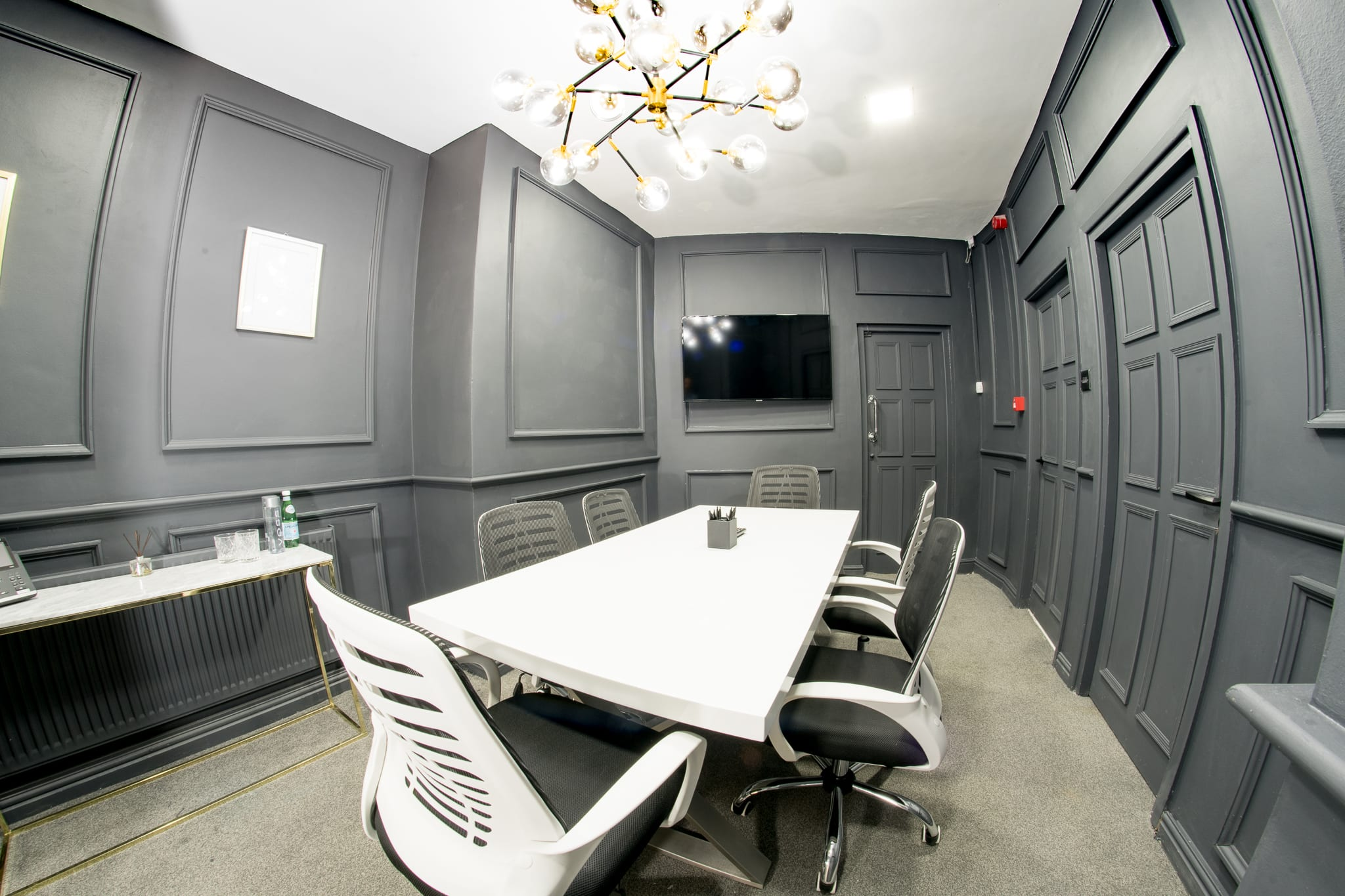 Manchester Office Space - Hliton House Room 4